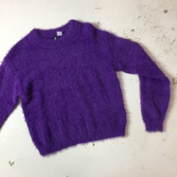 Fioletowy sweter